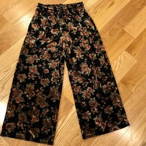 Floral velvet wide leg ankle pants